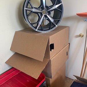 Corvette wheels 2.jpg